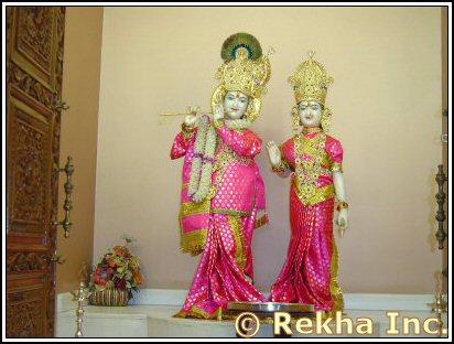 Radha Krishna at Hindu Jain Temple - Image © PittsburghIndia.com.